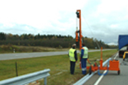 ROAD SAFETY BARRIERS TAKEDOWN/ MOUNTING
